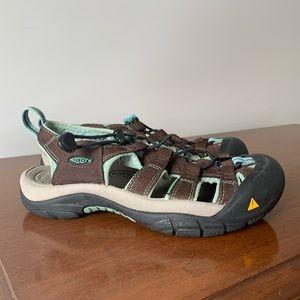 Keen Newport Hiking Sandal